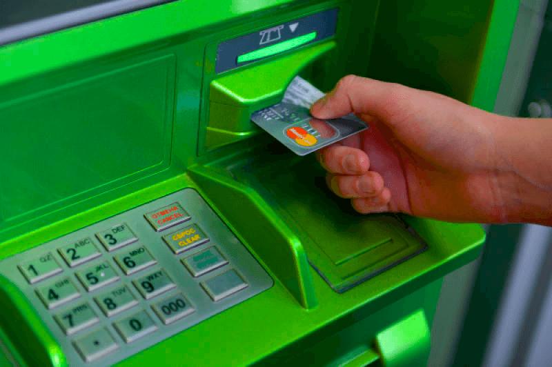 карта сбербанка застряла в банкомате