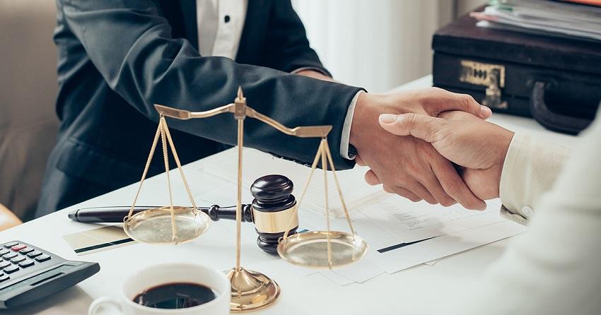 Юридическая поддержка