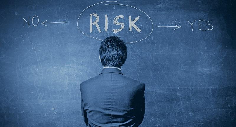Риски по займам