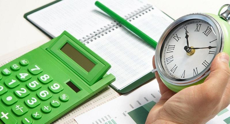 Калькулятор, часы и блокнот